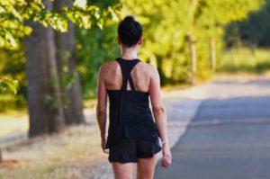 【歩き方1つで美脚・ヒップアップ!?】運動しなくても歩き方を変えるだけでダイエット効果!?