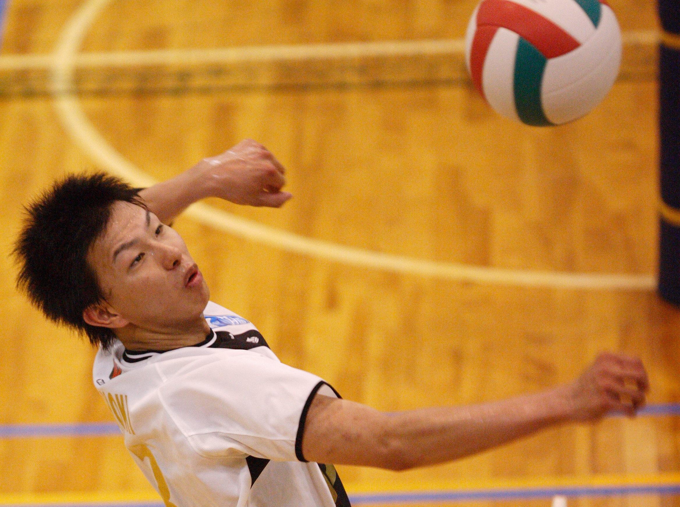 【バレーのスイングスピードアップ!?】自宅で出来る!スパイクをフカさなくなる全日本選手直伝の練習方法はこれ!